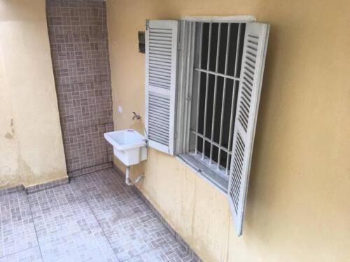 Casa com 1 Quarto e 1 banheiro para Alugar, 35 m² por R$ 650-Mês-1