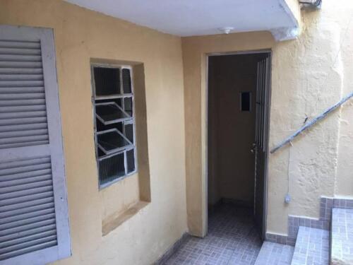Casa com 1 Quarto e 1 banheiro para Alugar, 35 m² por R$ 650-Mês-4