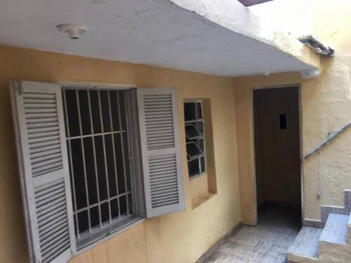 Casa com 1 Quarto e 1 banheiro para Alugar, 35 m² por R$ 650-Mês-8