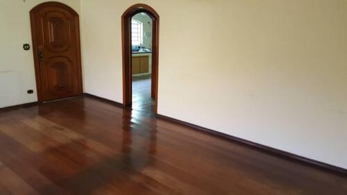 Casa com 3 Quartos e 3 banheiros à Venda, 200 m² por R$ 1.250.000-14