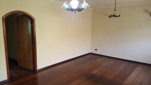 Casa com 3 Quartos e 3 banheiros à Venda, 200 m² por R$ 1.250.000-15