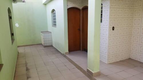 Casa com 3 Quartos e 3 banheiros à Venda, 200 m² por R$ 1.250.000-5
