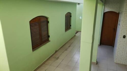Casa com 3 Quartos e 3 banheiros à Venda, 200 m² por R$ 1.250.000-6